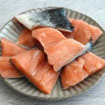 大西洋鮭魚塊(35G)1KG/ 鮭魚切塊